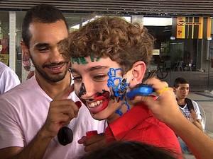 José Victor realiza sonho de ser aprovado para medicina na UFS (Foto: Reprodução/TV Sergipe)