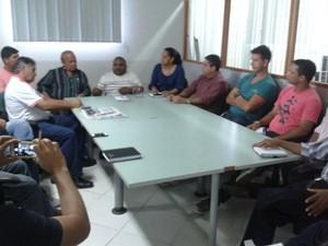 Reunião na Secretaria de Esporte, na Arena da Floresta, definiu realização do Torneio Início (Foto: Duaine Rodrigues)