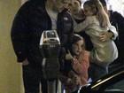 Ben Affleck e Jennifer Garner levam as filhas para jantar juntos