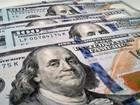 Após passar de R$ 3,60, dólar perde força e fecha a R$ 3,52