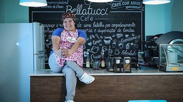 Jéssica Pereira da Silva, 25, é a sócio-fundadora do Bellatucci Café, empreendimento inaugurado em julho em X, bairro na zona Y em São Paulo (Foto: Reprodução / Facebook)