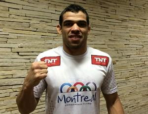 Renan Barão está confiante na retomada do cinturão (Foto: Ivan Raupp)