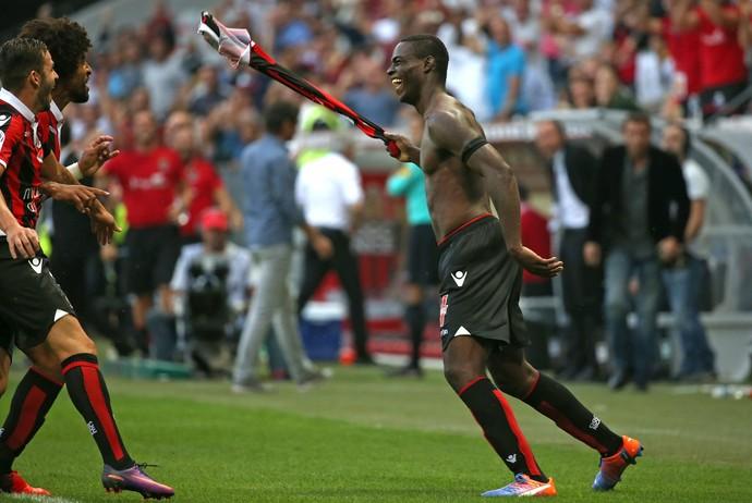 Balotelli Nice x Lorient (Foto: Reuters)