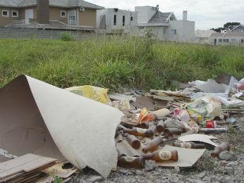 Terrenos mal conservados podem perder direito a benefícios (Foto: Michelle Stival da Rocha / CMC / Divulgação)