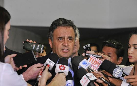 Aécio Neves durante coletiva (Foto: Jane de Araújo/Agência Senado)
