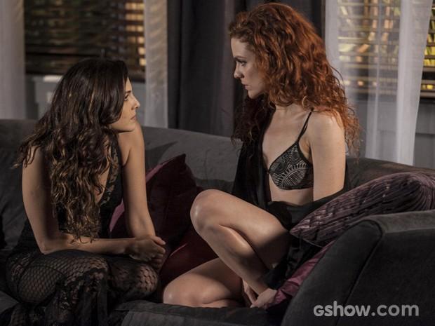 Vanessa provoca Marina e diz saber de intenções da amada (Foto: Inácio Moraes / TV Globo)