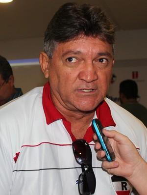 Aníbal Lemos - Treinador do River-PI (Foto: Náyra Macêdo/GLOBOESPORTE.COM)