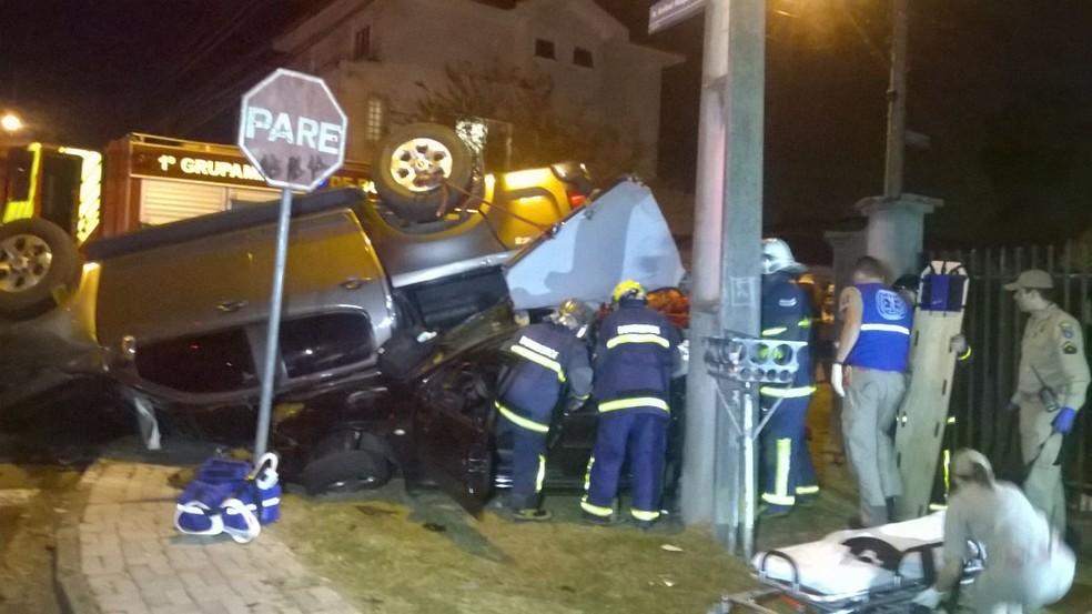 Acidente aconteceu na noite de sexta-feira (12), em Curitiba  (Foto: Jorge Prado/ Arquivo pessoal)