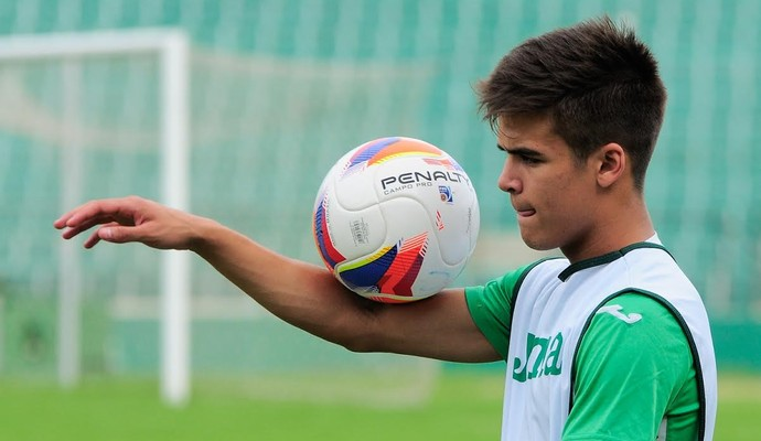 João Vittor, meia Guarani (Foto: Rodrigo Villalba/ Memory Press)