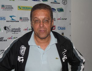Joba como treinador interino do Treze (Foto: Silas Batista/ GloboEsporte.com)
