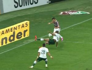 Pênalti Fluminense x Palmeiras (Foto: Reprodução)