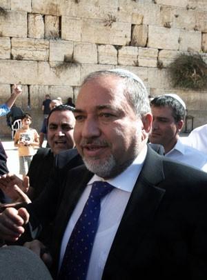 Avigdor Lieberman é conhecido por suas declarações polêmicas (Foto: Menahem Kahana/AFP)