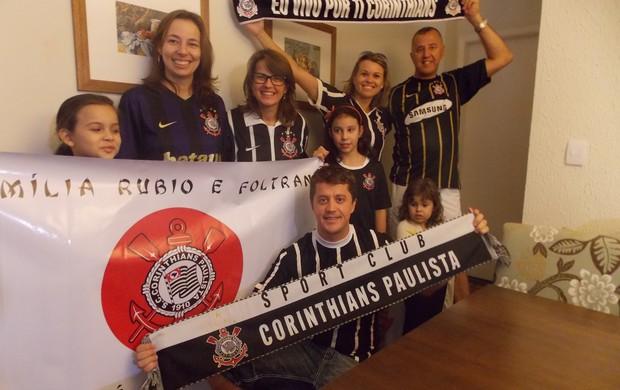 Corintianos de São José estão prontos para viajar para o Japão Corinthians (Foto: Filipe Rodrigues/ Globoesporte.com)