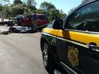 Motocicleta é atingida por dois carros e homem morre no interior do RS