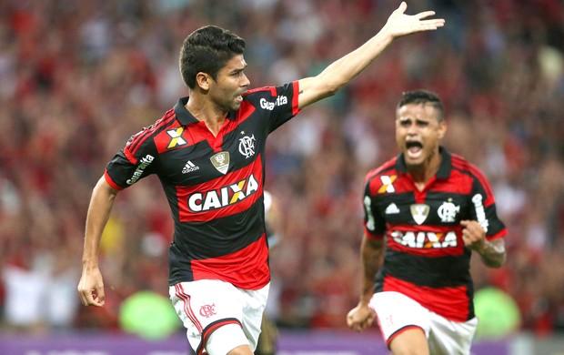 Eduardo da Silva comemora gol do Flamengo contra o Sport (Foto: Rafael Moraes / Agência o Globo)
