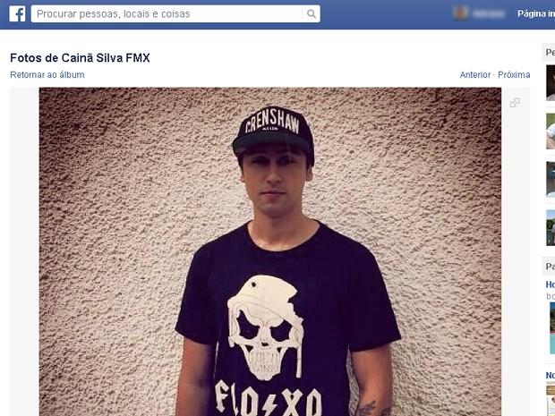 O locutor Cainã Silva está internado na Santa Casa de Barretos desde a data do acidente (Foto: Reprodução/ Facebook)