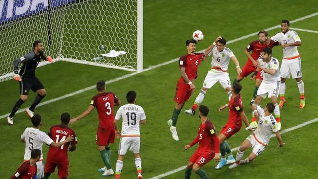 soccer_confed_cup_por_amar_1_LjDiSYm.jpg
