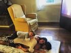 Felipe Simas mostra foto fofa com a mulher e o filho: 'Gosto muito'