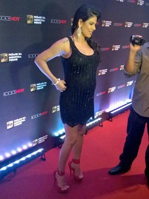 Fabiane Thompson, grávida de 8 meses e 'aposentada' há algum tempo, recebeu o prêmio de melhor atriz pornô brasileira (Foto: Gustavo Petró/G1)