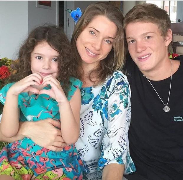 Letícia Spiller e filhos (Foto: Instagram / Reprodução)