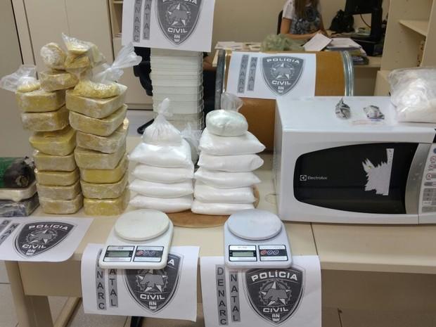 Hipótese da polícia é que a droga seria vendida no carnaval (Foto: Divulgação/Polícia Civil)
