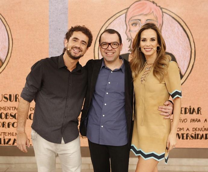 Os apresentadores com o autor Mario Teixeira (Foto: Ellen Soares/Gshow)