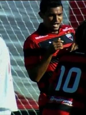 Ricardo Jesus comemora gol contra o Vila Nova pelo Atlético-GO (Foto: Reprodução/PFC)