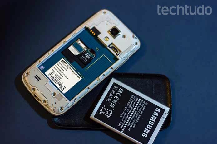 Samsung Galaxy S4 mini não liga? Veja como resolver o problema (Foto: Murilo Molina/TechTudo)