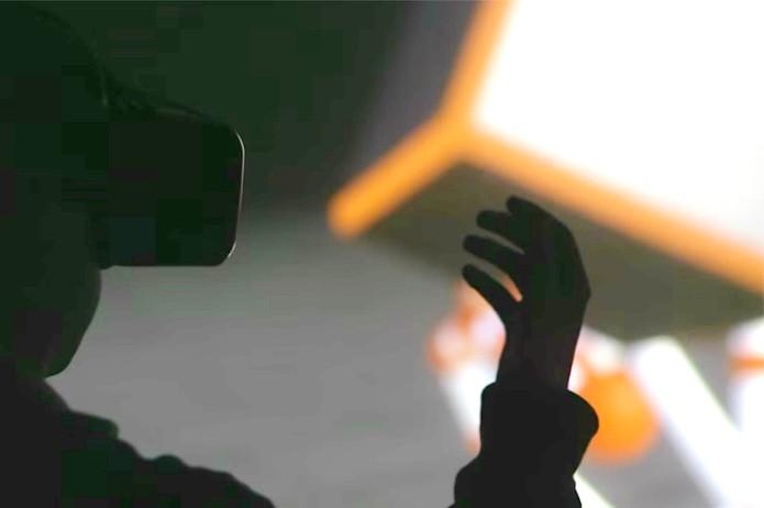 Óculos VR  (Foto: Reprodução/YouTube)