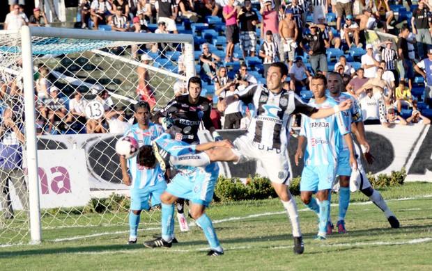 Treze 1 x 0 Paysandu, no Estádio Amigão (Série C) (Foto: Leonardo Silva / Jornal da Paraíba)