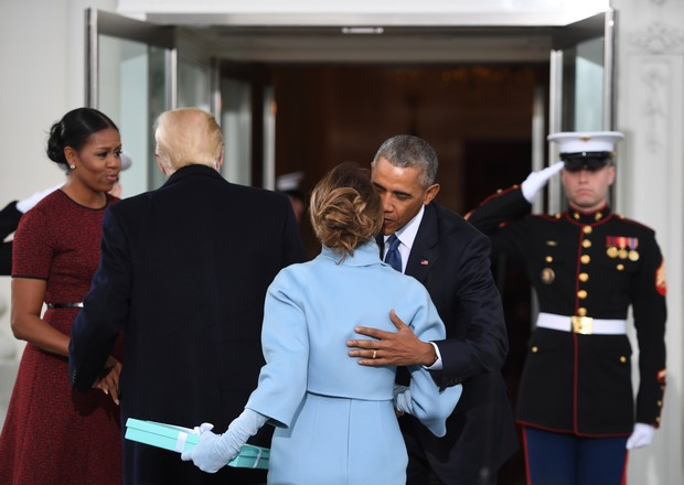 Michelle Obama, Melania Trump,  Donald Trump e Obama  (Foto: afp)