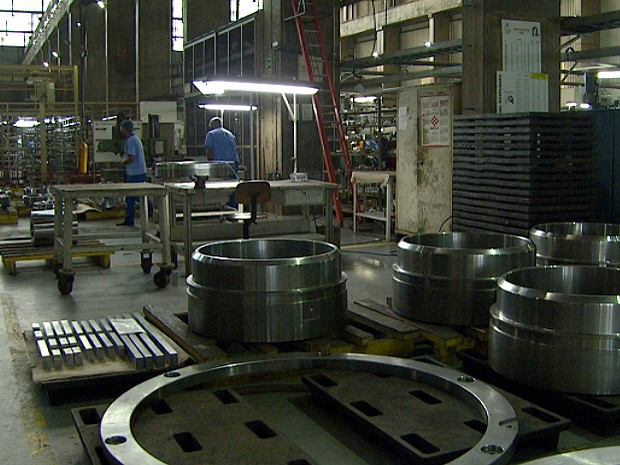 Linha de produção de indústria da região de Campinas (Foto: Reprodução EPTV)