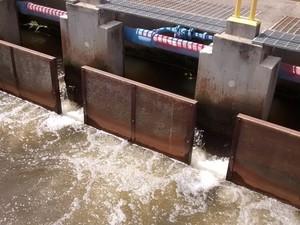 Estação de Tratamento de Água (ETA) na represa de Taiaçupeba, em Suzano (Foto: Jamile Santana/G1)