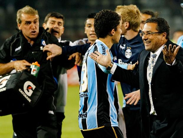 Luxemburgo confusão jogo Huachipato Grêmio  (Foto: Marcelo Hernandez / Photosport / AFP)