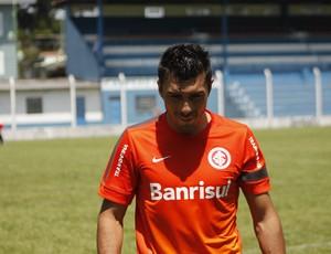 Dátolo, meia do Inter em Gramado (Foto: Diego Guichard / GLOBOESPORTE.COM)