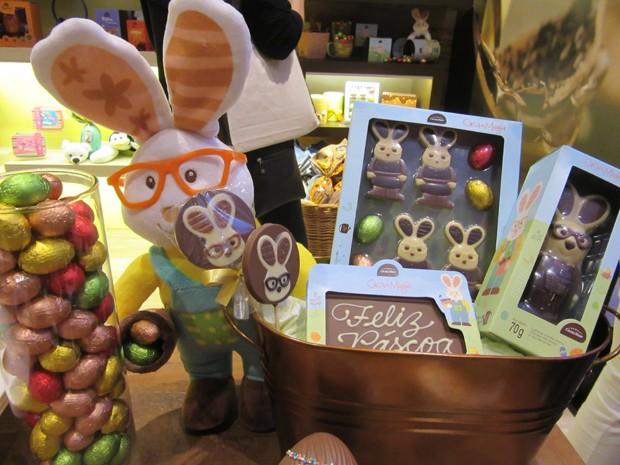 Empresas oferecem opções de ovos menores para atender a consumidores que estão com menos dinheiro para gastar (Foto: Marta Cavallini/G1)