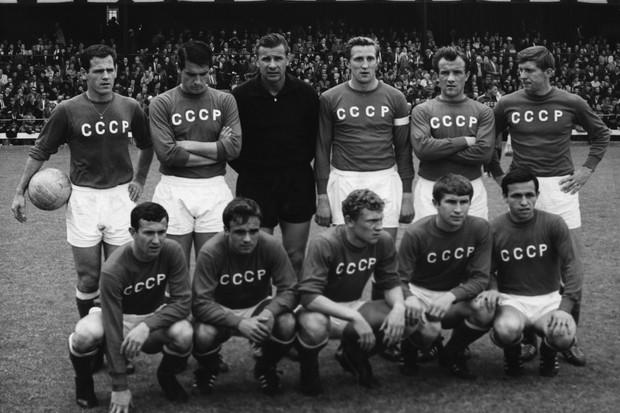 Resultado de imagem para cccp futebol