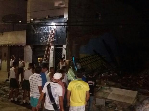 Teto de mercadinho desabou no município de São Joé da Laje (Foto: Jaelson Silva/Arquivo Pessoal)