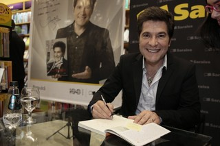 Lançamento do livro do cantor Daniel (Foto: Isac Luz / EGO)