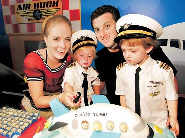 Avião foi o tema da festinha de 2 anos de Benício, em 2009 (Foto: Divulgação)