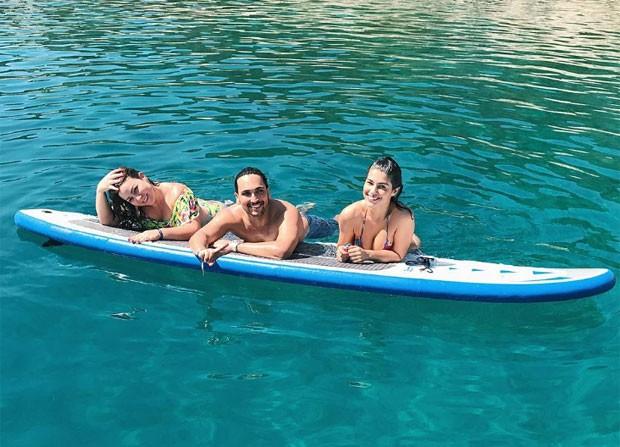 Lucas Estevam, Cacau e Vivian Amorim (Foto: Reprodução)