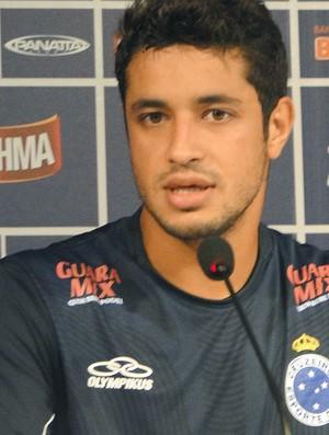 Léo, zagueiro do Cruzeiro (Foto: Marco Antônio Astoni / Globoesporte.com)