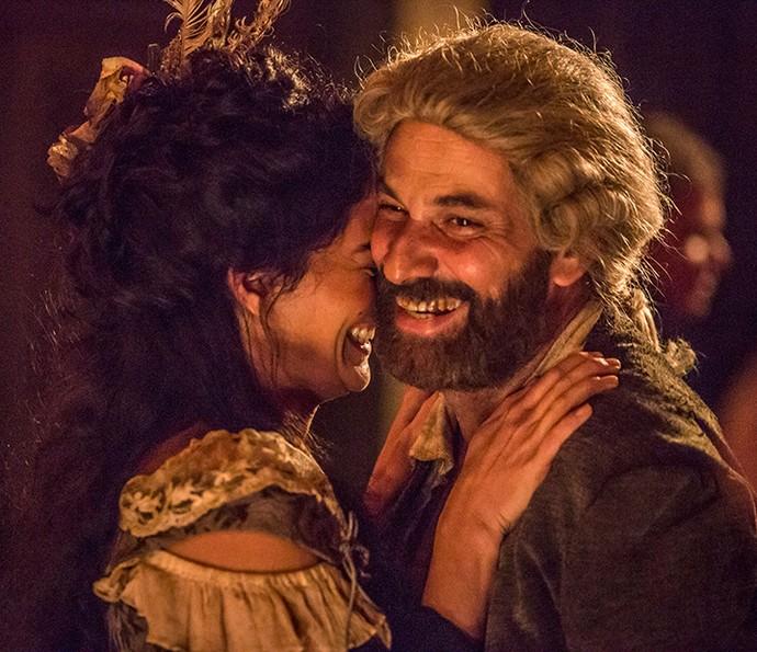 Carol Castro e Marco Ricca nos ensaios. Ela como Selena e ele como Mão de Luva (Foto:  Felipe Monteiro/Gshow)