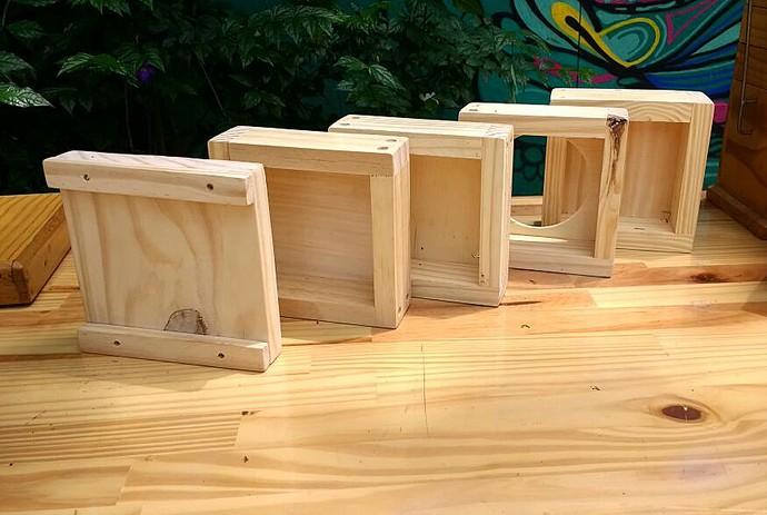 Material utilizado para fabricar as casinhas de abelhas (Foto: Carolina Berger/Gshow)