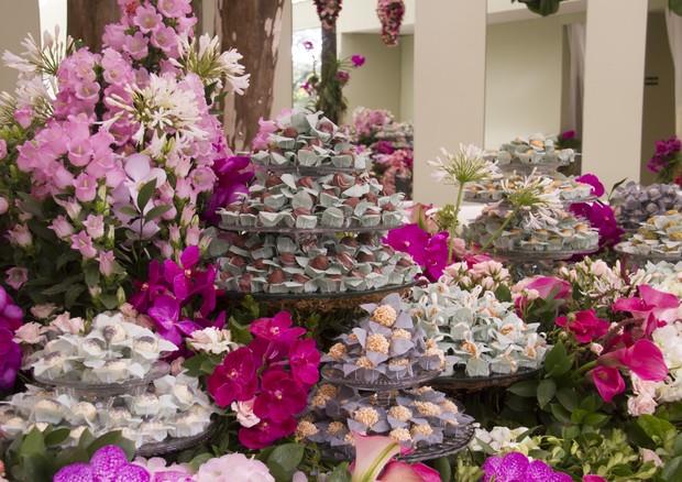 Mesa de doces do casamento de Lelê Saddi (Foto: Divulgação)