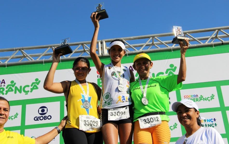Ajuda solidária motivou as atletas melhores classificadas na competição (Foto: Adeilson Albuquerque/GE AM)