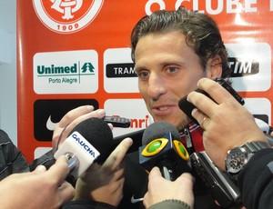 Forlán atacante Inter (Foto: Tomás Hammes / GLOBOESPORTE.COM)