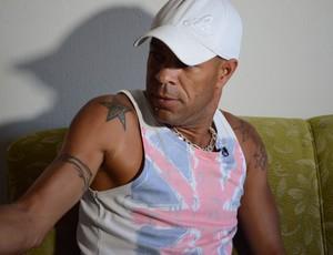 Zagueiro Valdson (Foto: João Áquila / GLOBOESPORTE.COM)