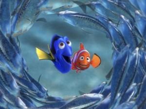 A personagem Dory (à esquerda) ao lado de Nemo no filme 'Procurando Nemo', de 2003 (Foto: Divulgação)