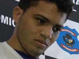 Aparecido de Souza Alves, principal suspeito da morte de 7 pessoas em Doverlândia, estava no helicóptero que caiu em Goiás (Foto: Reprodução TV Anhanguera)